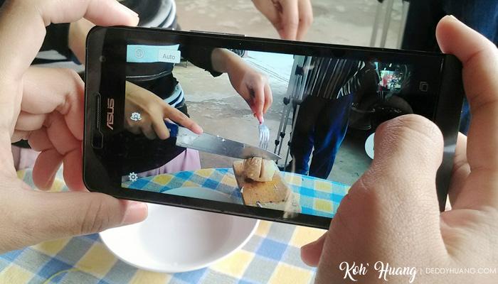 Memotret Makanan Menggunakan Smartphone