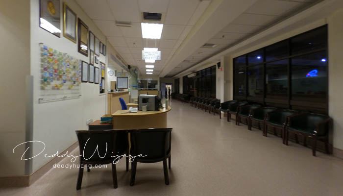 ruang tunggu dalam - Panduan Berobat ke Penang : Penang Adventist Hospital