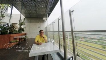 foto rooftop santika premier bsd - Pelesiran Menikmati Kawasan BSD City