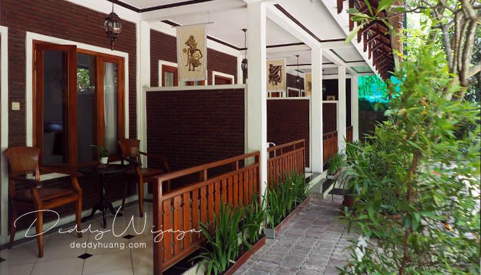 teras kamar 02 - Antara Solo dan Yogjakarta Kita Jatuh Cinta #JadiBisa