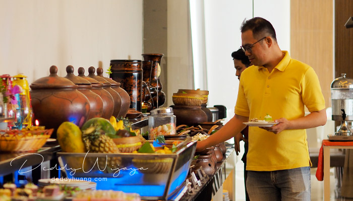 hotel santika radial palembang 02 - Keliling Palembang Hemat? Ini Referensi Tempat Menarik Dilewati LRT Palembang