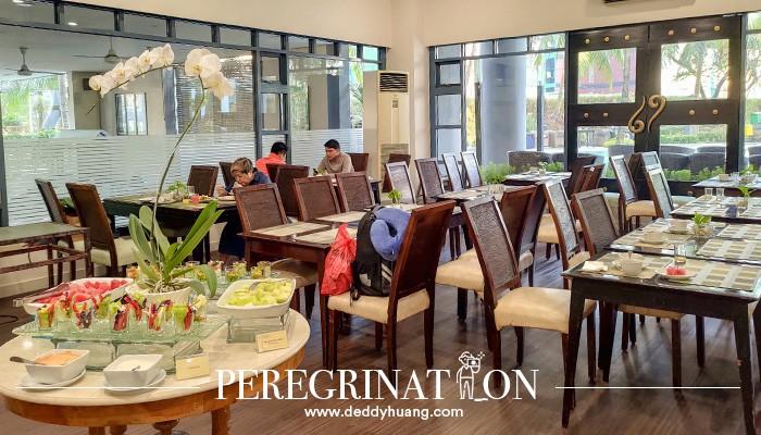 sarapan pagi Grand Tropic Suites Jakarta