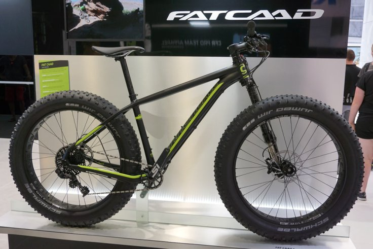2016-Cannondale-FatCAAD-alloy-fat-bike-with-Lefty-Olaf-fork01
