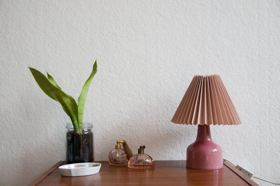 roze vintage tafellamp
