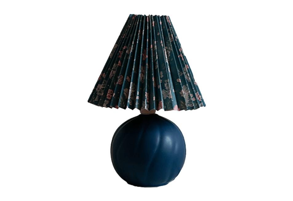 Donkerblauwe tafellamp vintage bloemenkap