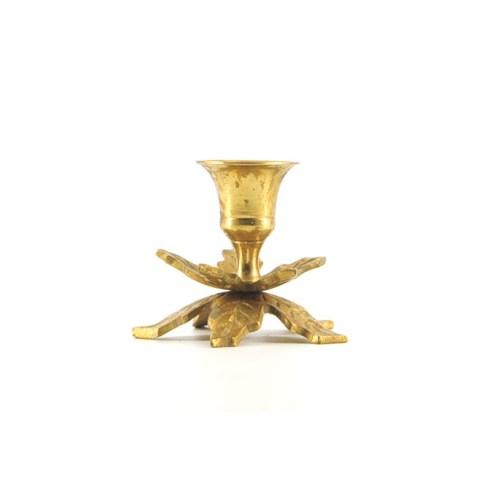 gouden kandelaar blad laag