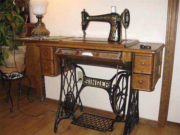 """Швейная машинка """"Зингер"""": история изобретения и ее особенности"""
