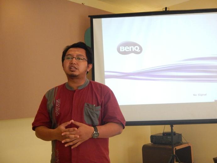 Menjadi Instruktur Nasional Peningkatan Kompetensi Guru TIK SMA di Propinsi Banten