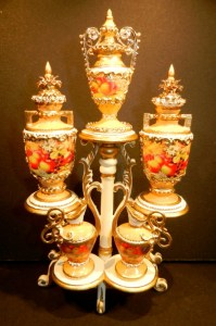 ROYAL WORCESTER URNS - Commission