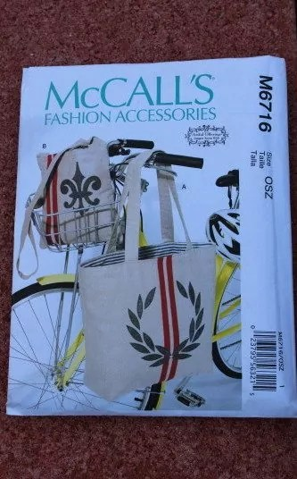 McCall's Pattern 6716 Tote and Messenger Bag