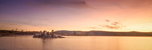 Lake Jindabyne Dawn