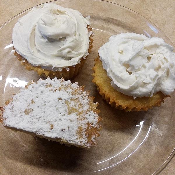 Low Carb Vanilla Almond Cupcakes