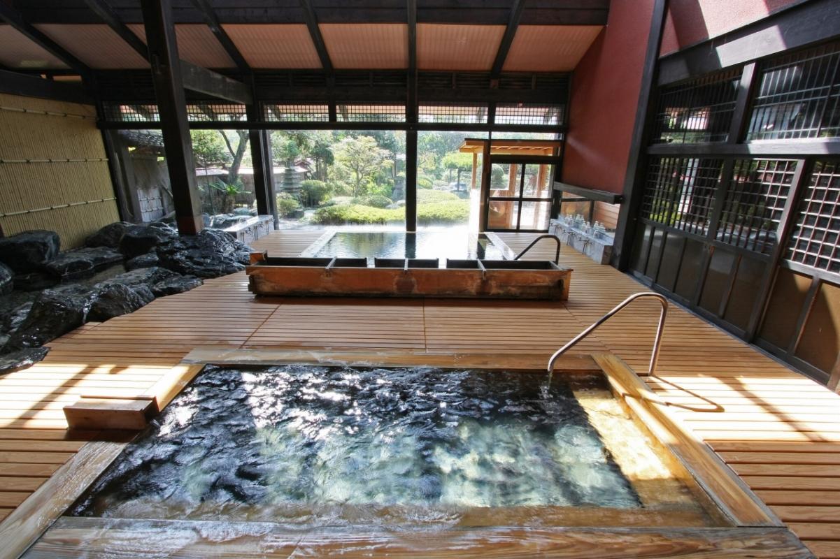 豆富懐石 猿ヶ京ホテル 大浴場
