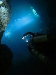 Pallier de décompression profond après une plongée souterraine au Pit