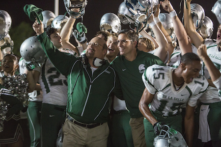 Michael Chiklis & Jim Caviezel in When The Game Stands Tall (Tri-Star Pictures, Photo:Tracy Bennett)
