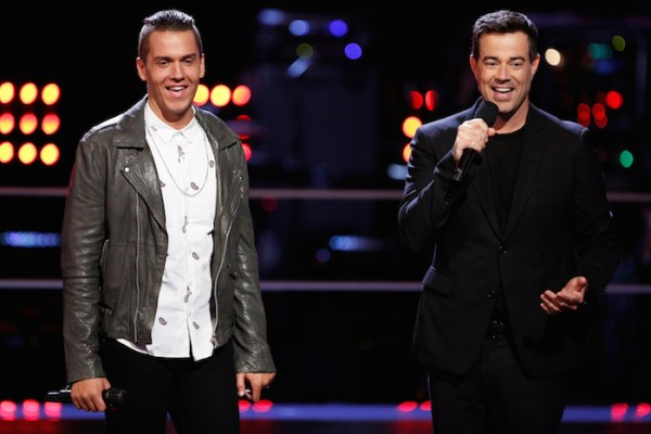 "THE VOICE --  ""Battle Rounds"" Episode 706 -- Pictured: (l-r) Daniel Griffin, Carson Daly -- (Photo by: Tyler Golden/NBC)"