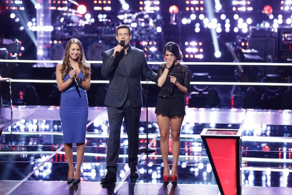 "THE VOICE -- ""Knockout Rounds"" Episode 711 -- Pictured: (l-r) Alessandra Castronovo, Carson Daly, Mia Pfirrman -- (Photo by: Tyler Golden/NBC)"