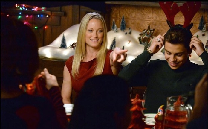 """Teri Polo, Jake T. Austin in """"The Fosters"""" (ABC Family/Eric McCandless)"""