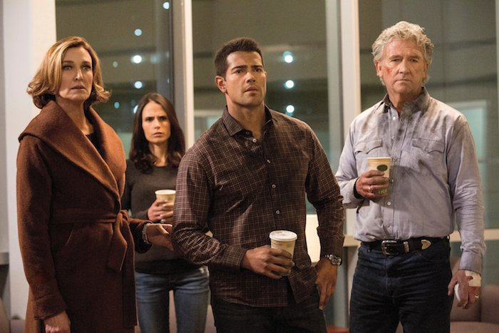 "Brenda Strong as Ann Ewing, Jordana Brewster as Elena Ramos, Jesse Metcalfe as Christopher Ewing and Patrick Duffy as Bobby Ewing.Dallas 3, ep. 9 ""Denial, Anger, Acceptance"""