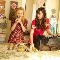 """Barely Lethal's"" Hailee Steinfeld & Dove Cameron On Acting & ""10,000 Hours"" Rule"