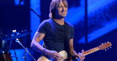 AMERICAN IDOL: Keith Urban performs on AMERICAN IDOL airing Thursday, March 28 (8:00-9:00 PM ET/PT) on FOX.