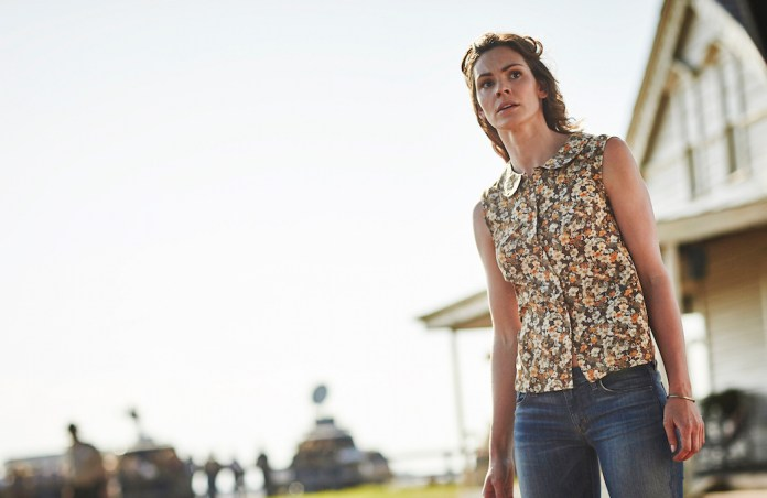 Daisy Betts as Ellie -- (Photo by: Ben King/Syfy)