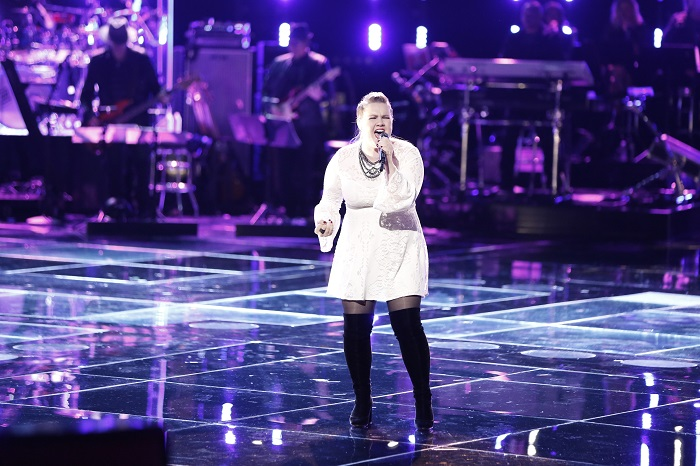 """THE VOICE -- """"Live Playoffs""""  -- Pictured: Shelby Brown -- (Photo by: Tyler Golden/NBC)"""