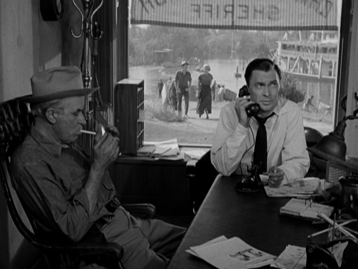 Harry Shannon & Barry Sullivan in 'Cry of the Hunted' - Warner Archive Collection