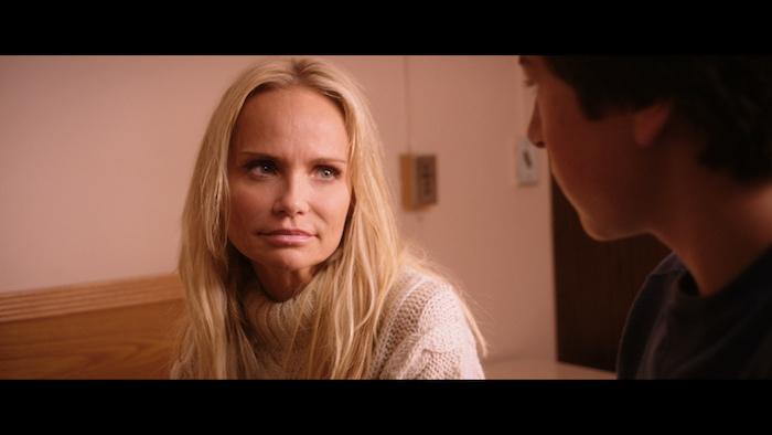 "Kristin Chenoweth & Skyler Gisondo in ""Hard Sell"" (Momentum Pictures)"