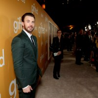 Future Flicks: Chris Evans Checks Into 'The Red Sea Diving Resort'