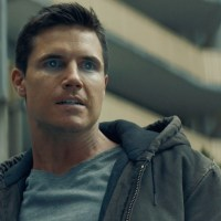 Robbie Amell Cites Passion As The Key To Success Behind 'Code 8'