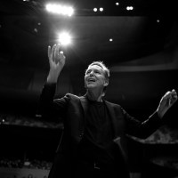 Grant Gershon And L.A Master Chorale Usher In A New 'Sunrise' At Walt Disney Concert Hall