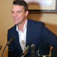 "Video: Jesse Spencer On Deep Dish Pizza And ""Heart And Soul"" of 'Chicago Fire'"