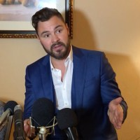 "VIDEO: Patrick John Flueger On The ""Cohesive Group of Collaborators"" Of 'Chicago P.D.'"