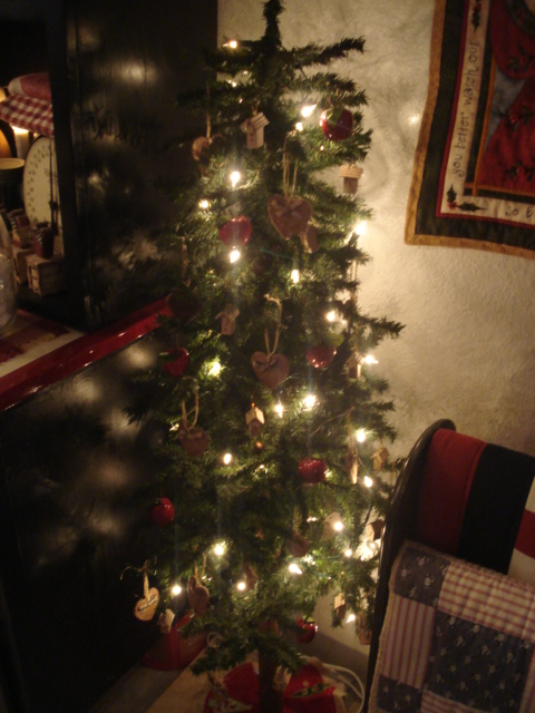 Little Kitchen Tree