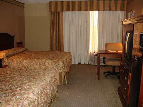 Holiday Inn Guestroom, Columbus MS