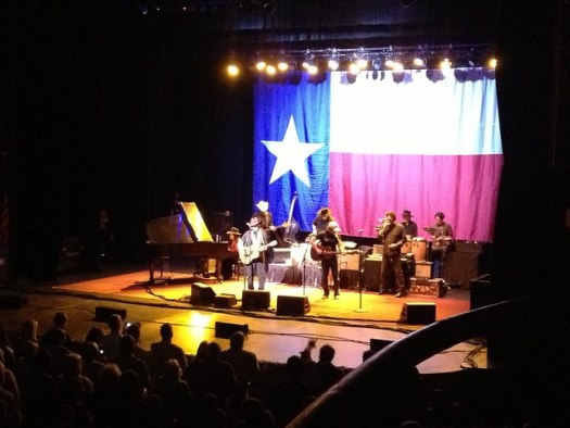 Willie Nelson at the Alabama, 2012