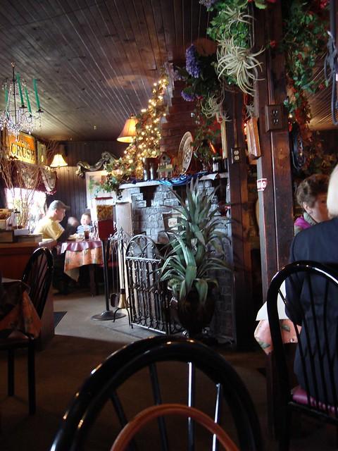 Interior, Beacon Light Tea Room, Bon Aqua TN