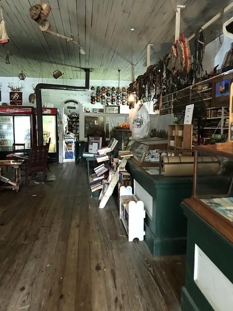 Pond Store, Pond MS