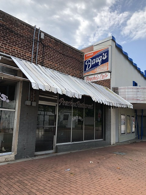 Peaches Cafe, Jackson MS