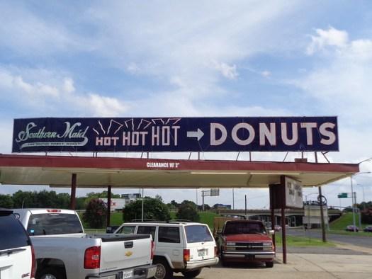 Southern Maid Donuts, Shreveport LA