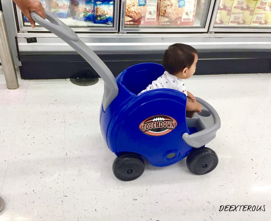 Grocery shopping made easy by the Game day push helmet by Simplay3