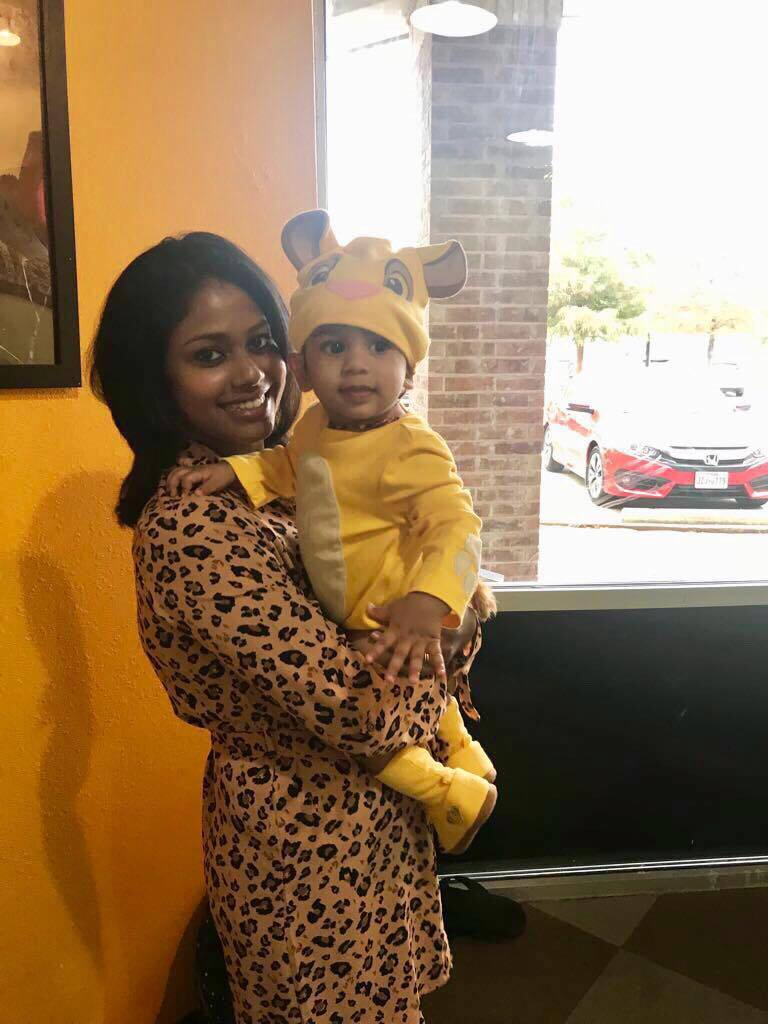 Mommy & baby at Jungle themed first birthday party