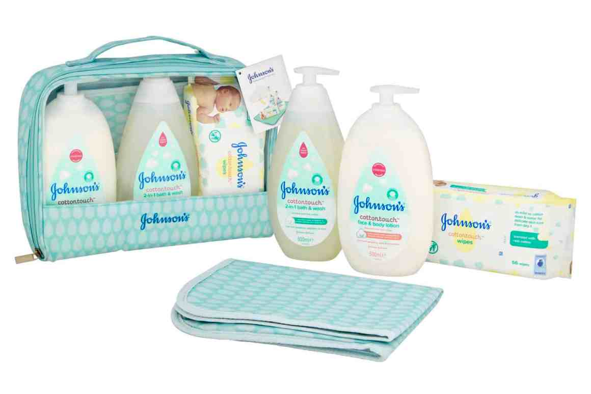 Christmas with JOHNSON'S® Baby
