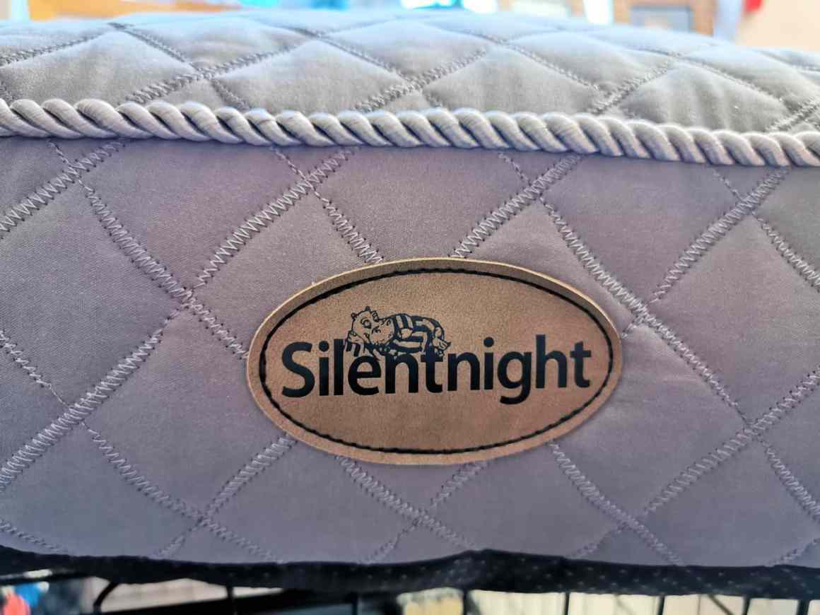 Silentnight Pet bed