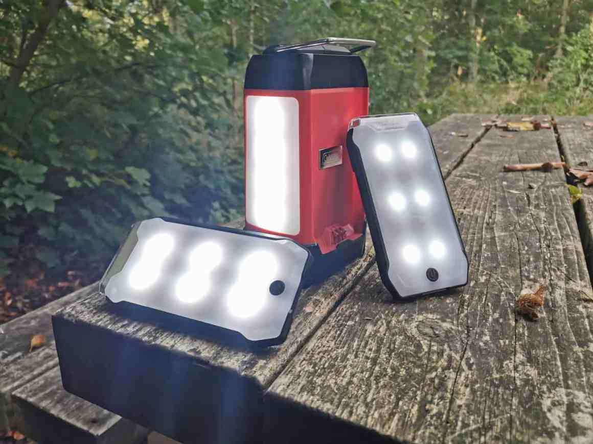 Coleman Duo Panel Light Lantern
