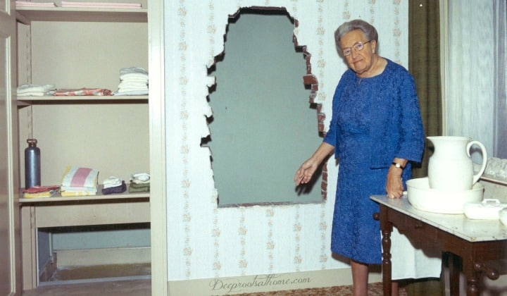 Corrie ten Boom: What Makes Her A Heroine For Women, hiding place, secret room, heroes for women, faith, persecution, Clock Shop, Haarlem, Holland, Corrie ten Boom's House, Museum, Corrie ten Boom living room, parlor, Haarlem, Netherlands, hiding Jews, Beje,