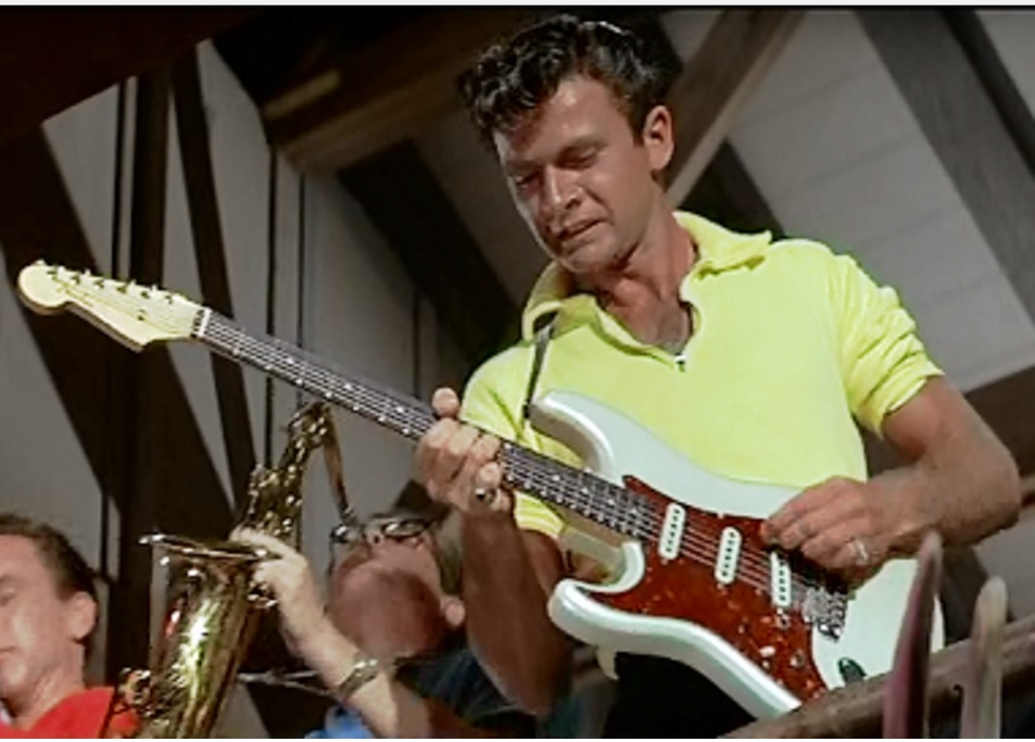 Dick Dale & His Del-Tones in Beach Party: The Tiger's loose! Pray for surf!