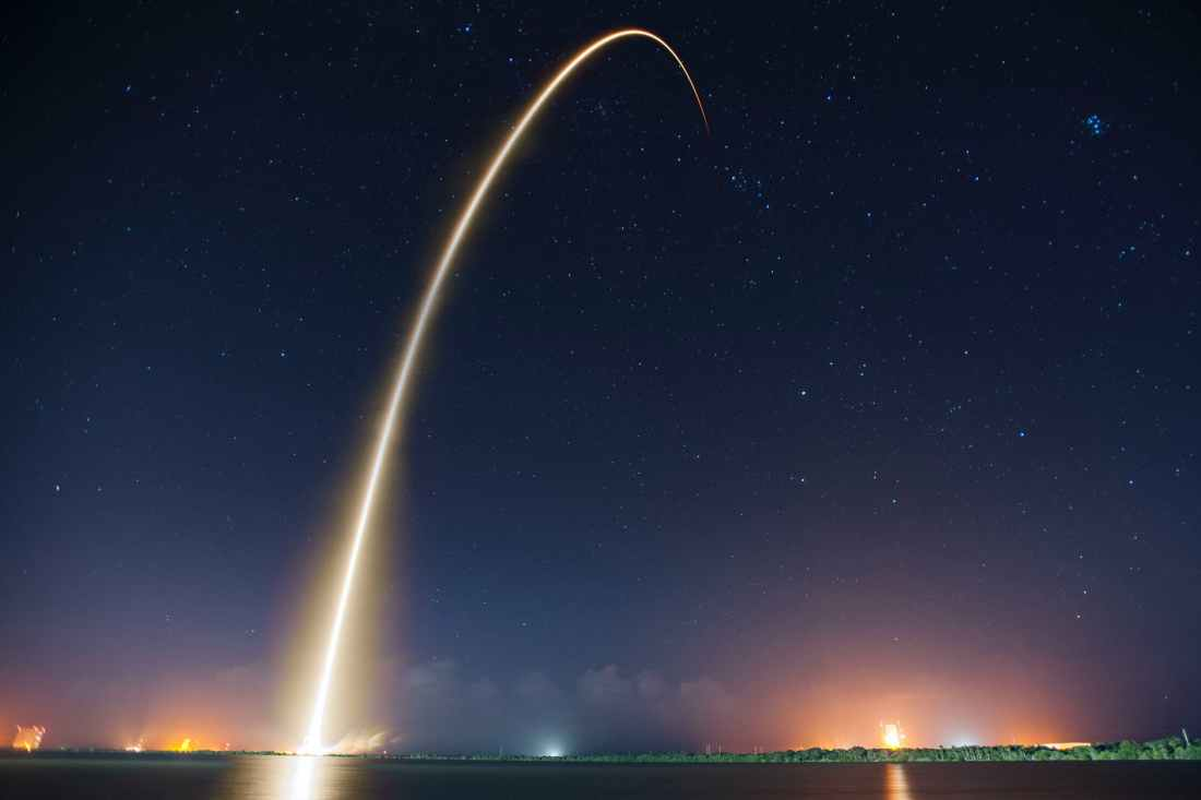 rocket launch liftoff long exposure