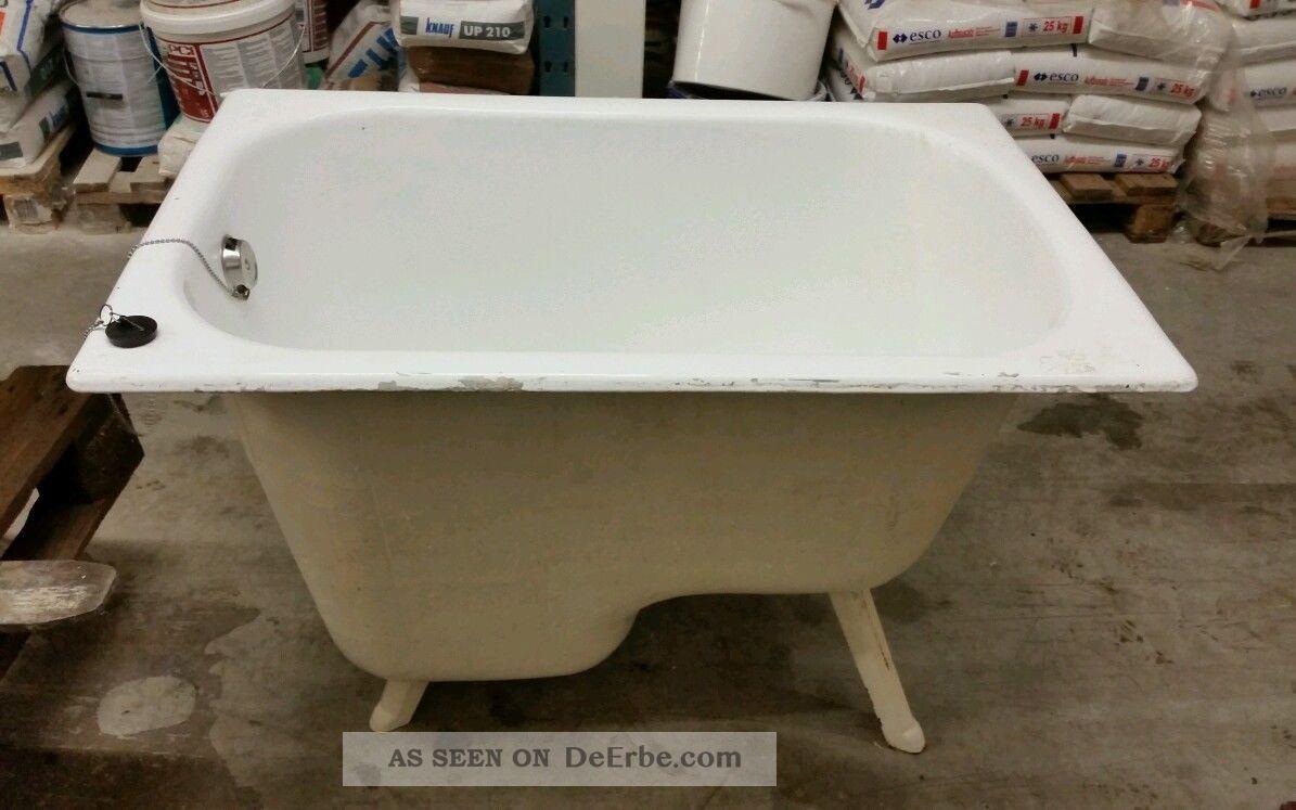 Alte Badewanne Antik Gußeisen Freistehend Auf Füßen
